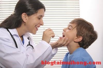 Những biến chứng không thể chủ quan của căn bệnh viêm họng